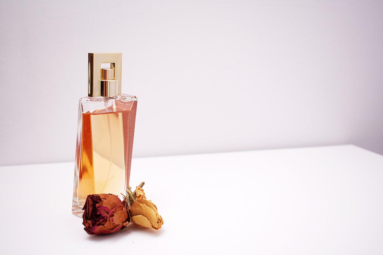 Czy zakup perfum musi być czasochłonny?